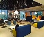 办公环境优美、干净整洁