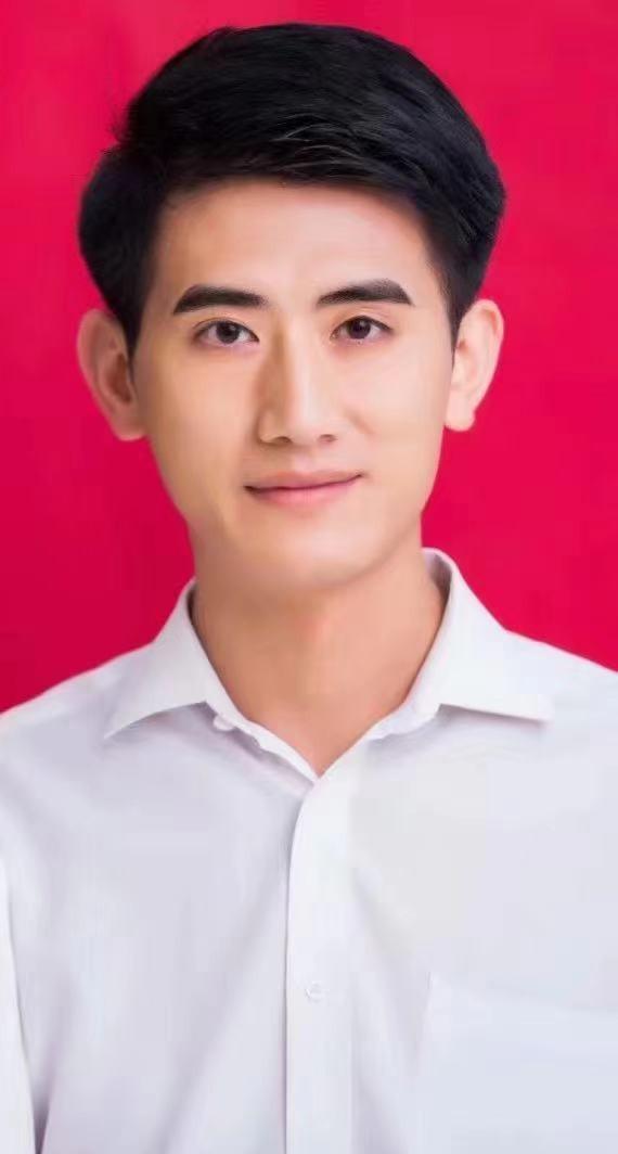 杨先生照片